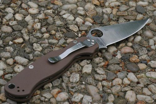 spyderco_paramilitary2_earth_brown-02-big.jpg