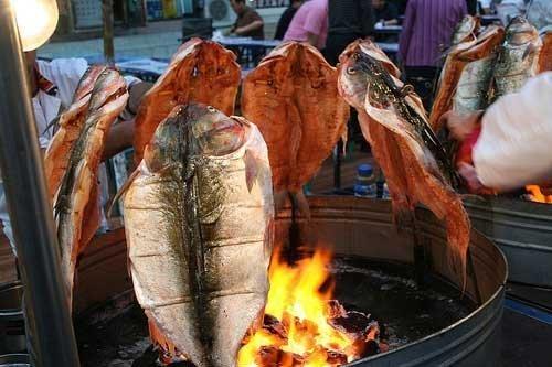 uyghur-fish.jpg