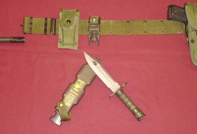 US-Military-M9-Bayonet-used-as-Wirecutter.jpg