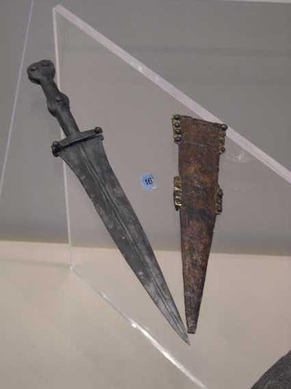 a-2005-dagger.JPG