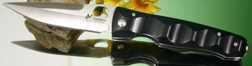 MC-0121  Black Micarta handle.jpg