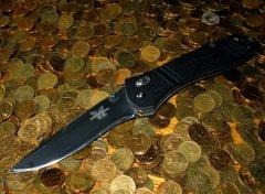 Фотографии ножей.