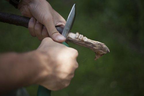 feather-wood-hultafors-craftmans-gk-survival-knife.jpg