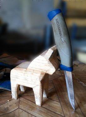 нож и лошадка.jpg