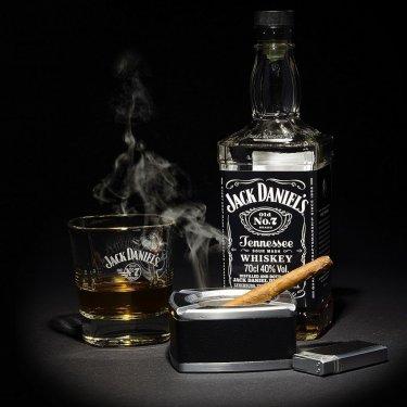 Zazhigalki-sigarety-alkogol.jpg