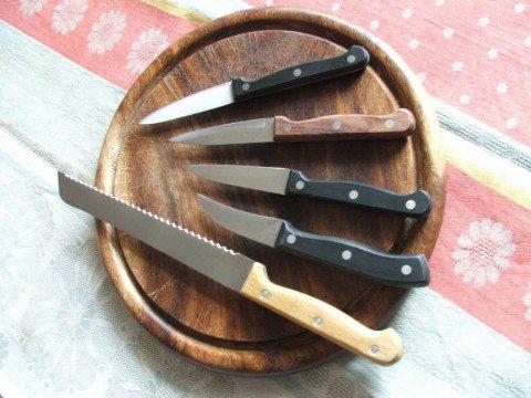 small-and-bread-knives-dscf2360-480x360.jpg