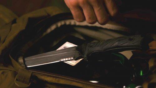 Killing_season _knives_3_(corr).jpg