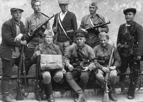 Партизаны отряда Ожогова.jpg