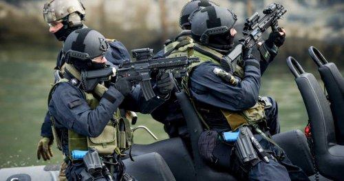 swat_8.thumb.jpg.308310624a880df536b09d3ae1d6c030.jpg