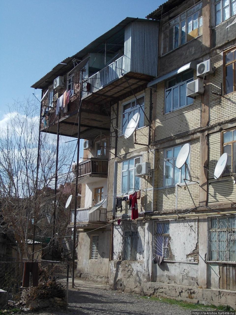 Нахичевань - город удивительных балконов это интересно!.