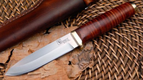 Vehement-Knives-Leather-Bushcrafter-photo-2.jpg