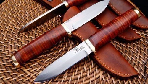 Vehement-Knives-Leather-Bushcrafter-photo-1.jpg
