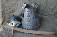 игрушечные доспехи и сабля. шлем только покупной.